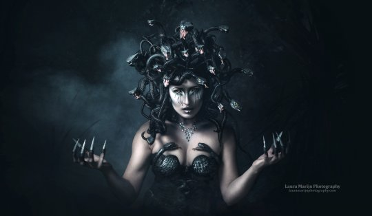 Medusa make-up and headdress by candy makeup artist