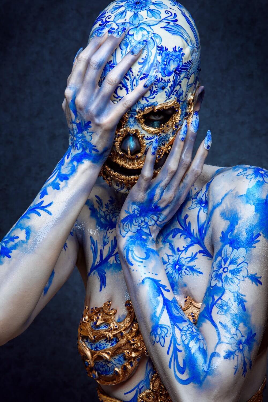 delft blue faux porcelain skull