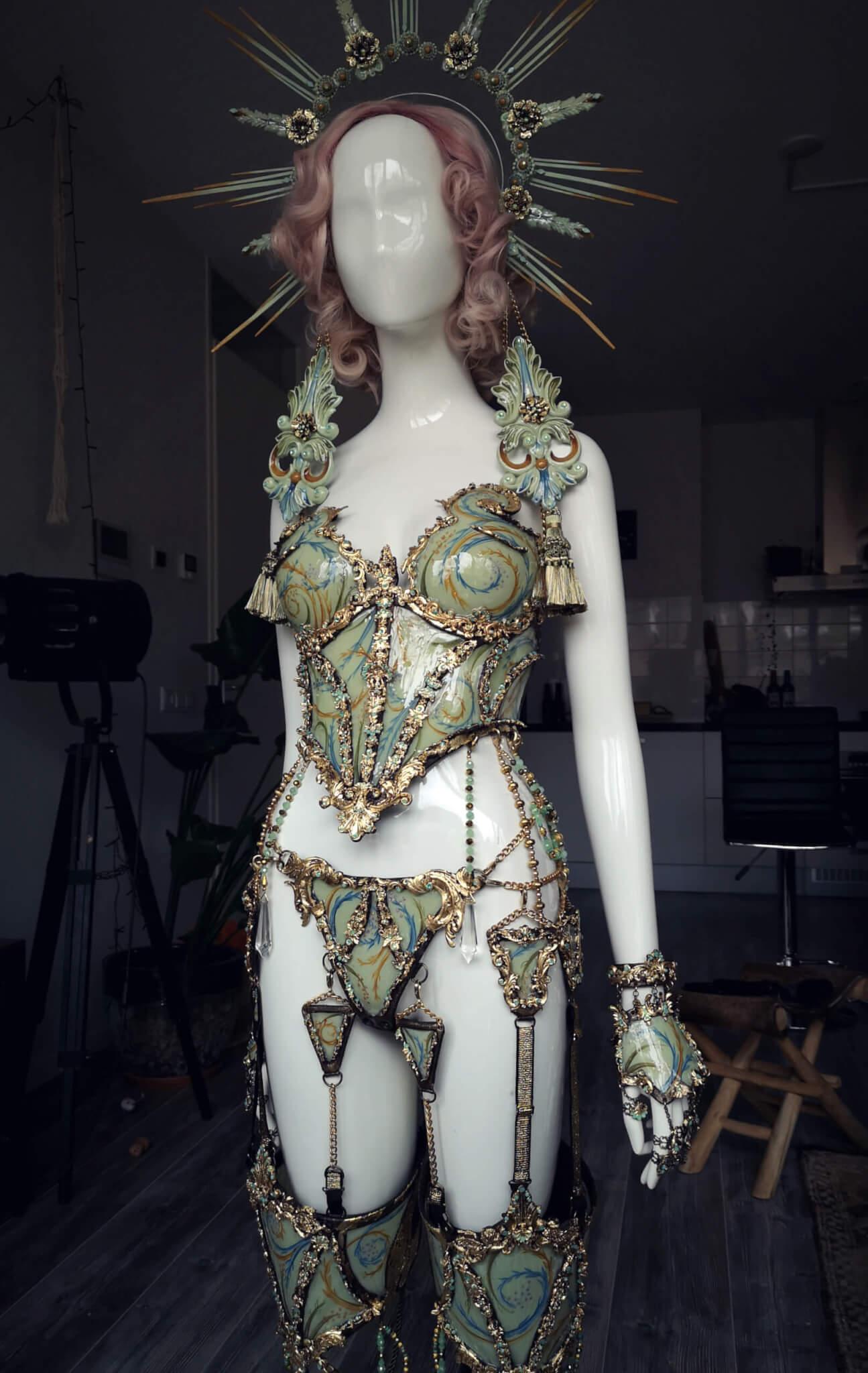 Full porcelain baroque costume - candy makeup artist